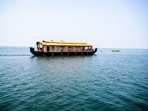 Alleppey makes the best-suited destination for couples looking for a romantic weekend away from the hustle-bustle of the hectic city life. The place is known for its backwaters which give the most rejuvenating experience ever. With its green carpet of paddy fields, palm-fringed canals and lagoons and leisurely rhythm of houseboats, Alleppey will definitely hit the right tune to your heart's strings. A pampering treat of Ayurvedic massage for your lady love will do the rest of the thing in your favour.