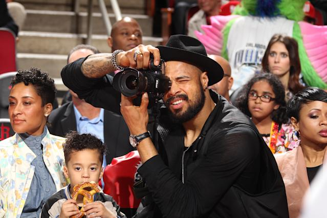 <p>òHOUSTON, TX - FEBRUARY 16: Tyson Chandler #6 of the New York Knicks on State Farm All-Star Saturday Night as part of the 2013 NBA All-Star Weekend on February 16, 2013 at the Toyota Center in Houston, Texas. NOTE TO USER: User expressly acknowledges and agrees that, by downloading and or using this photograph, User is consenting to the terms and conditions of the Getty Images License Agreement. Mandatory Copyright Notice: Copyright 2013 NBAE (Photo by Nathaniel S. Butler/NBAE via Getty Images)</p>