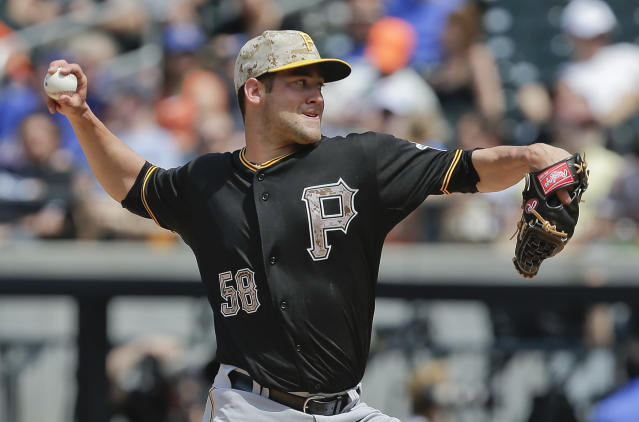 Pittsburgh Pirates pitcher Brandon Cumpton (58) delivers against the New York Mets during the fourth inning of a baseball game, Monday, May 26, 2014, in New York. (AP Photo/Julie Jacobson)