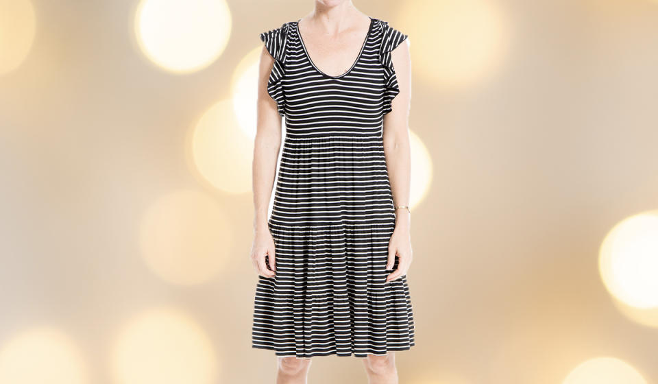 Summer won't be here forever; neither will this goes-everywhere-and-with-everything frock. (Photo: Walmart)