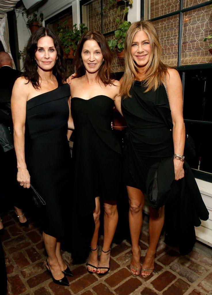 <p>After people wondered whether Aniston would attend the Oscars this year following her hugely successful awards season run, the 50-year-old skipped out on the ceremony but did attend the Netflix afterparty with none other than Friends co-star and best friend Courteney Cox.</p><p>The Friends posed with fellow actor Amanda Anka inside the Los Angeles venue.<br></p>
