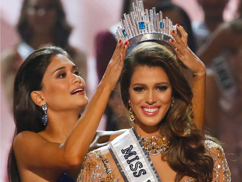 Miss France Iris Mittenaere is crowned the Miss Universe 2016