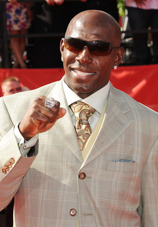 """<strong>Donald Driver</strong><br><br> This all-time leading receiver of the Green Bay Packers will take on the ballroom with Peta Murgatroyd on Season 14 of """"<a target=""""_blank"""" href=""""http://tv.yahoo.com/dancing-with-the-stars/show/38356"""">Dancing With the Stars</a>."""""""
