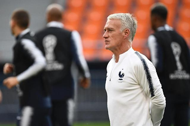 France coach Didier Deschamps takes a training session in Yekaterinburg (AFP Photo/FRANCK FIFE )