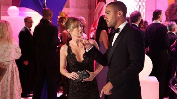 PHOTO: Ellen Pompeo and Jesse WIlliams from the episode 'Puttin' on the Ritz' of 'Grey's Anatomy,' which aired Oct. 10, 2013 on the ABC Television Network. (Danny Feld/ABC via Getty Images)