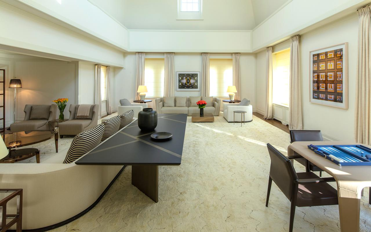 The most expensive hotel suites in the world for Hotels that offer 2 bedroom suites