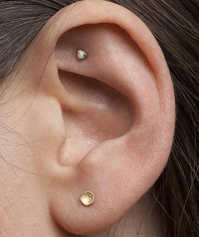 """<p>This subdued (but suuuuper cool) ear piercing is a great way to inch into the trend without full-on committing. The <a href=""""https://shop.nordstrom.com/s/gorjana-chloe-mini-stud-earrings/3842311"""" target=""""_blank"""">simple studs</a> look great on their own, but they'll also look pretty with any piercings you decide to add later on.<br></p><p><a href=""""https://www.instagram.com/p/BmYksK8FL4I/"""">See the original post on Instagram</a></p>"""