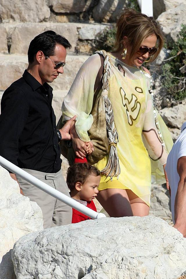 "Marc Anthony helped his main squeeze Jennifer Lopez and their son Max down the stairs while leaving the Hotel du Cap Eden-Roc, a five-star luxury hotel in Cap d'Antibes, France. KCSPresse/<a href=""http://www.splashnewsonline.com/"" target=""new"">Splash News</a> - May 23, 2010"
