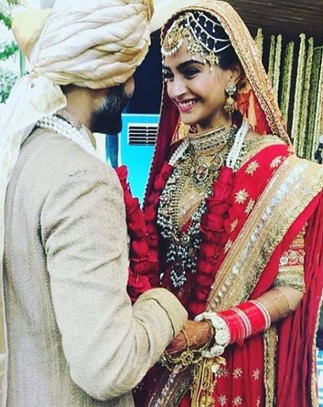 Here's how rich Sonam Kapoor and Anand Ahuja really are!