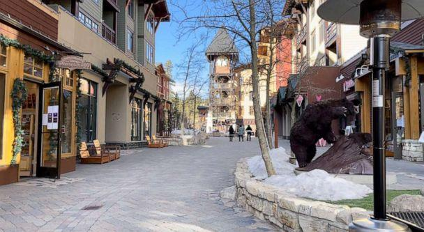 PHOTO: The streets of Mammoth Village, California are empty, Jan. 10, 2021. (ABC News)