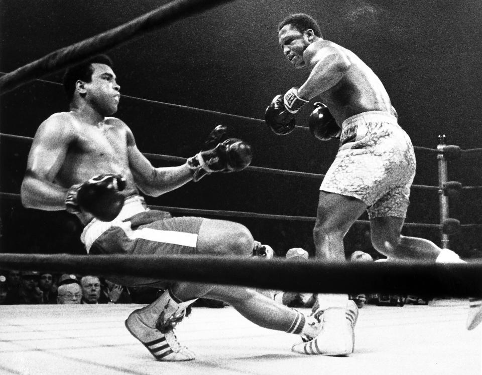 New York, NY - 1971: (L-R) Muhammad Ali, Joe Frazier boxing at Madison Square Garden, March 8, 1971. (Photo by Walt Disney Television via Getty Images)