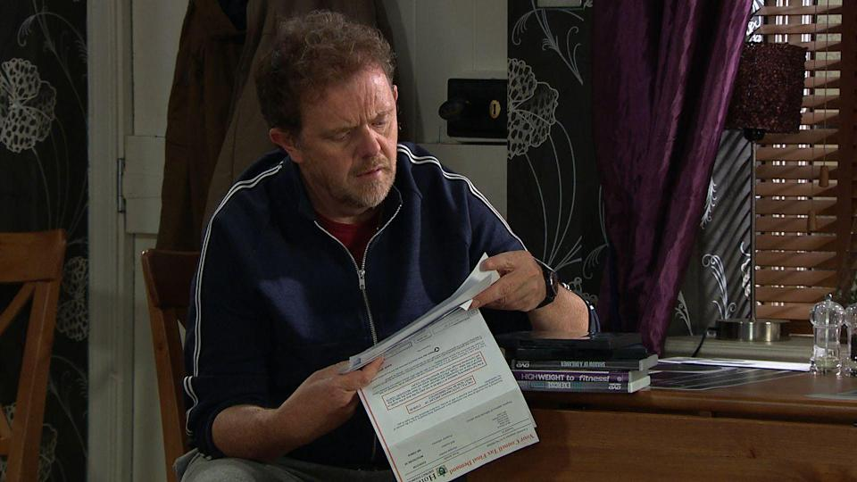 <p>His financial problems are continuing to mount up.</p>