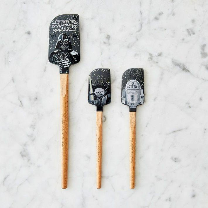 """<p>williams-sonoma.com</p><p><strong>$17.95</strong></p><p><a href=""""https://go.redirectingat.com?id=74968X1596630&url=https%3A%2F%2Fwww.williams-sonoma.com%2Fproducts%2Fstar-wars-spatula-set&sref=https%3A%2F%2Fwww.delish.com%2Fkitchen-tools%2Fcookware-reviews%2Fg29568867%2Fstar-wars-gifts%2F"""" rel=""""nofollow noopener"""" target=""""_blank"""" data-ylk=""""slk:BUY NOW"""" class=""""link rapid-noclick-resp"""">BUY NOW</a></p><p>With Darth Vader, Yoda, and R2-D2 on hand, there's no way to mess up dinner.</p>"""