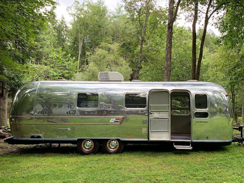 Exterior side - Hudson Valley Airstream