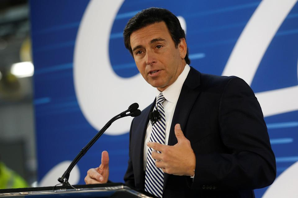 Ford Motor Co. president and CEO Mark Fields announces a $700 million investment in the US during a news conference at the Flat Rock Assembly Plant in Flat Rock, Michigan, U.S. January 3, 2017. REUTERS/Rebecca Cook