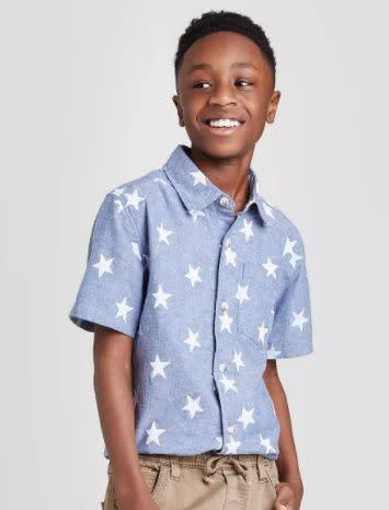"Find this boys button-down for $13 at <a href=""https://yhoo.it/2NEvnzp"" rel=""nofollow noopener"" target=""_blank"" data-ylk=""slk:Target"" class=""link rapid-noclick-resp"">Target</a>."