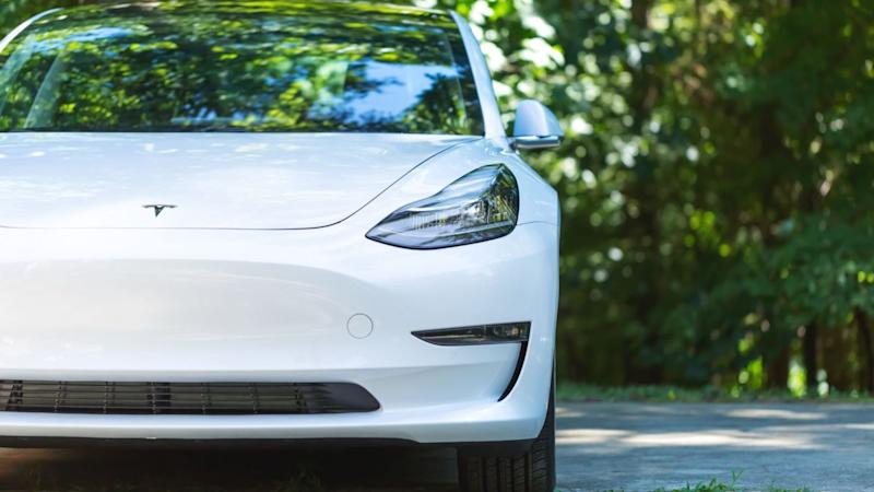 VAT should be cut on electric cars, says AA