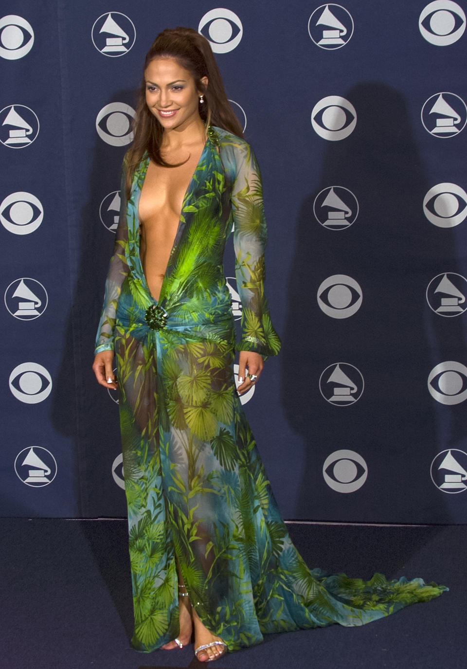 Jennifer Lopez attended the Grammy Awards in 2000 wearing a Versace green dress that made history. (Photo: Bob Riha, Jr./Getty Images)