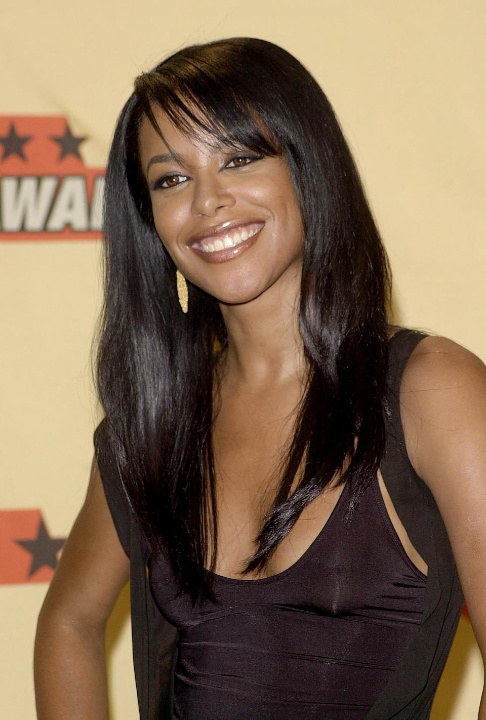 Aaliyah in June 2001 at the 2001 MTV Movie awards in Los Angeles.