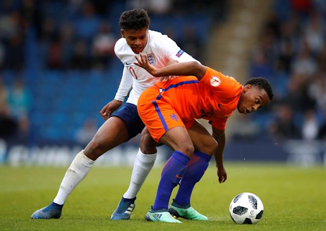 Soccer Football - UEFA European Under-17 Championship Semi-Final - England vs Netherlands - Proact Stadium, Chesterfield, Britain - May 17, 2018 England's Faustino Anjorin in action with Netherlands' Quinten Maduro Action Images via Reuters/Carl Recine