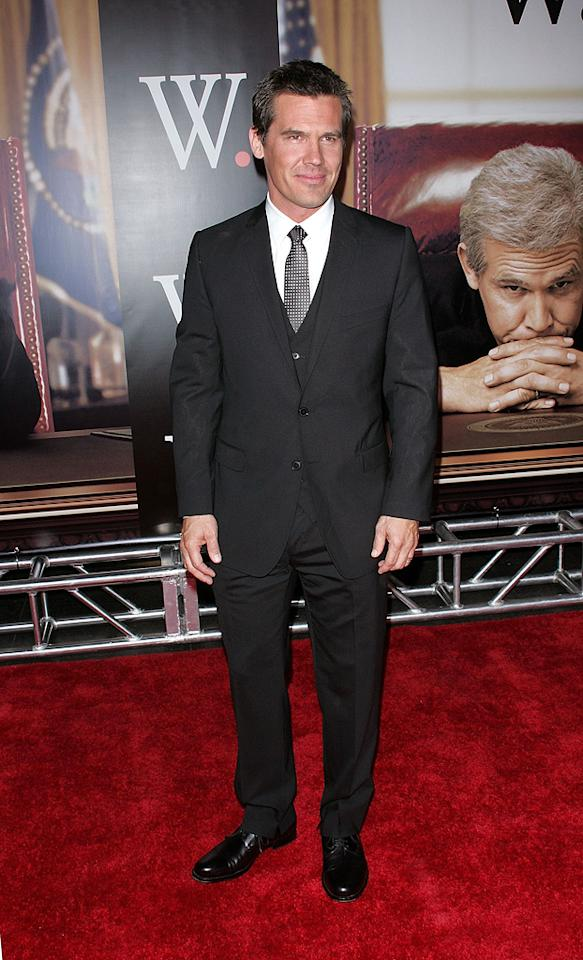 """<a href=""""http://movies.yahoo.com/movie/contributor/1800019611"""">Josh Brolin</a> at the New York premiere of <a href=""""http://movies.yahoo.com/movie/1810026489/info"""">W.</a> - 10/14/2008"""