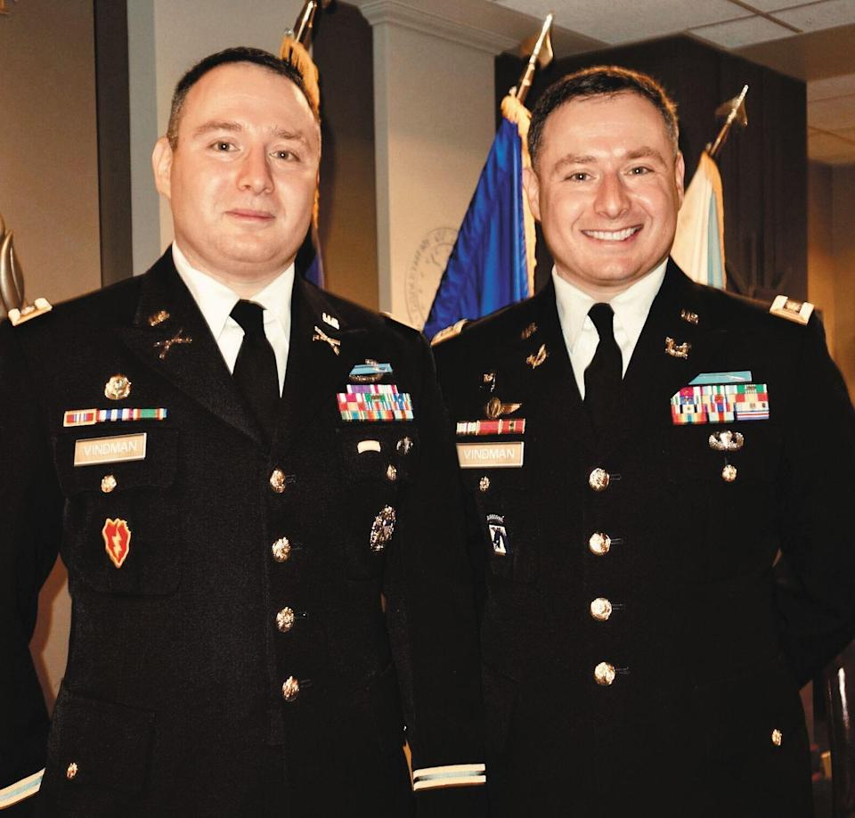 Eugene and Alexander Vindman at Alexander's promotion to Lieutenant Colonel, in the Joint Staff Flag Room of the Pentagon in November 2015.