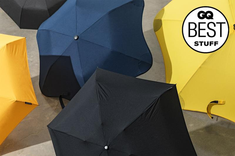 The Best Umbrella Is Tough Enough for Downpours and Cheap Enough to Lose Without Crying