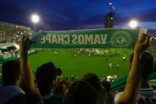 Chapecoense fans paid tribute to those who died in a plane crash in Colombia. (Getty Images)