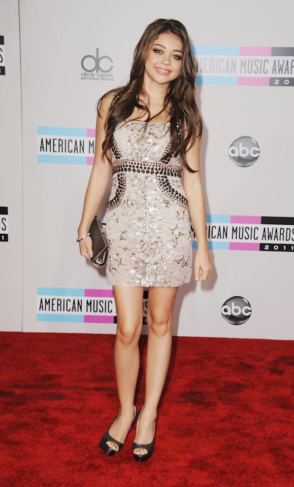 """Modern Family"" actress Sarah Hyland arrives at the 2011 American Music Awards held at the Nokia Theatre L.A. LIVE. (11/20/2011)"