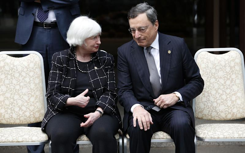Draghi, Yellen Warn of Risks Facing Policy in Low-Rate World