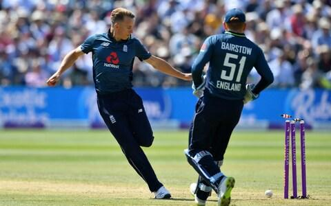 Tom Curran runs out the dawdling Haris Sohail with a deft side-foot - Credit: Dan Mullan/Getty Images