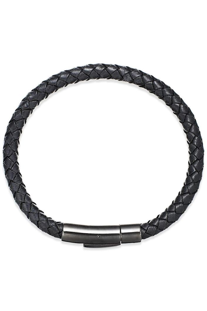 "<p><strong>Esquire Men's Jewelry</strong></p><p>macys.com</p><p><strong>$55.00</strong></p><p><a href=""https://go.redirectingat.com?id=74968X1596630&url=https%3A%2F%2Fwww.macys.com%2Fshop%2Fproduct%2Fmens-black-leather-bangle-bracelet-in-stainless-steel%3FID%3D2090839&sref=https%3A%2F%2Fwww.cosmopolitan.com%2Fstyle-beauty%2Ffashion%2Fg22628672%2Fbest-gifts-husband%2F"" rel=""nofollow noopener"" target=""_blank"" data-ylk=""slk:Shop Now"" class=""link rapid-noclick-resp"">Shop Now</a></p><p>Provided they don't shy away from day-to-day accessories, this sleek, bracelet would be a good addition to their everyday outfit. Simple, stylish, and not too in-your-face with the bling factor. </p>"