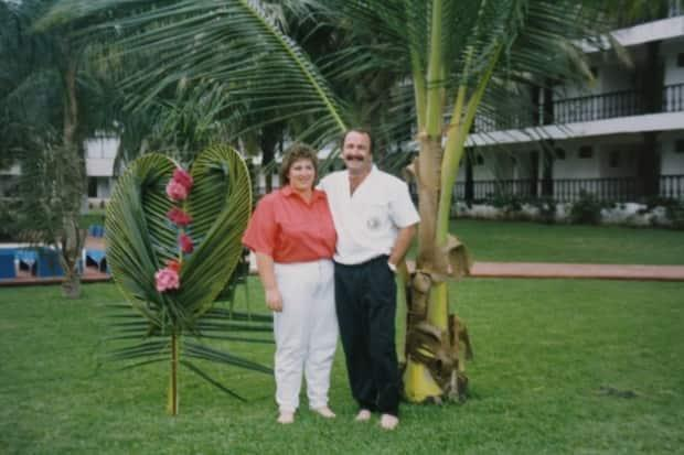 Sheree and Greg Fertuck pictured at their wedding in Puerto Vallarta, Mexico, in 1991.