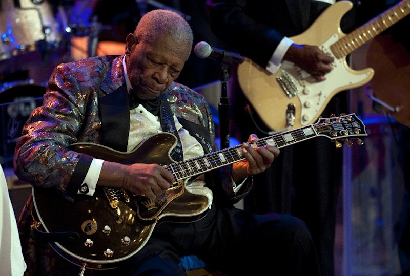 American blues legend B.B. King, hospitalized reportedly for dehydration stemming from diabetes, said he was better and going home