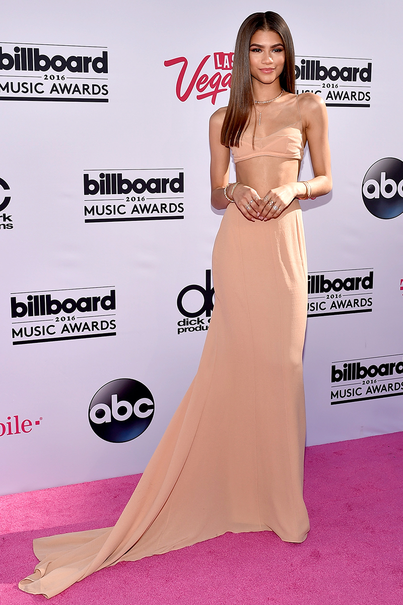 <p>Throwback to the 2016 Billboard Music Awards, when Zendaya wore this minimalist bralette and long skirt set by Calvin Klein.</p>