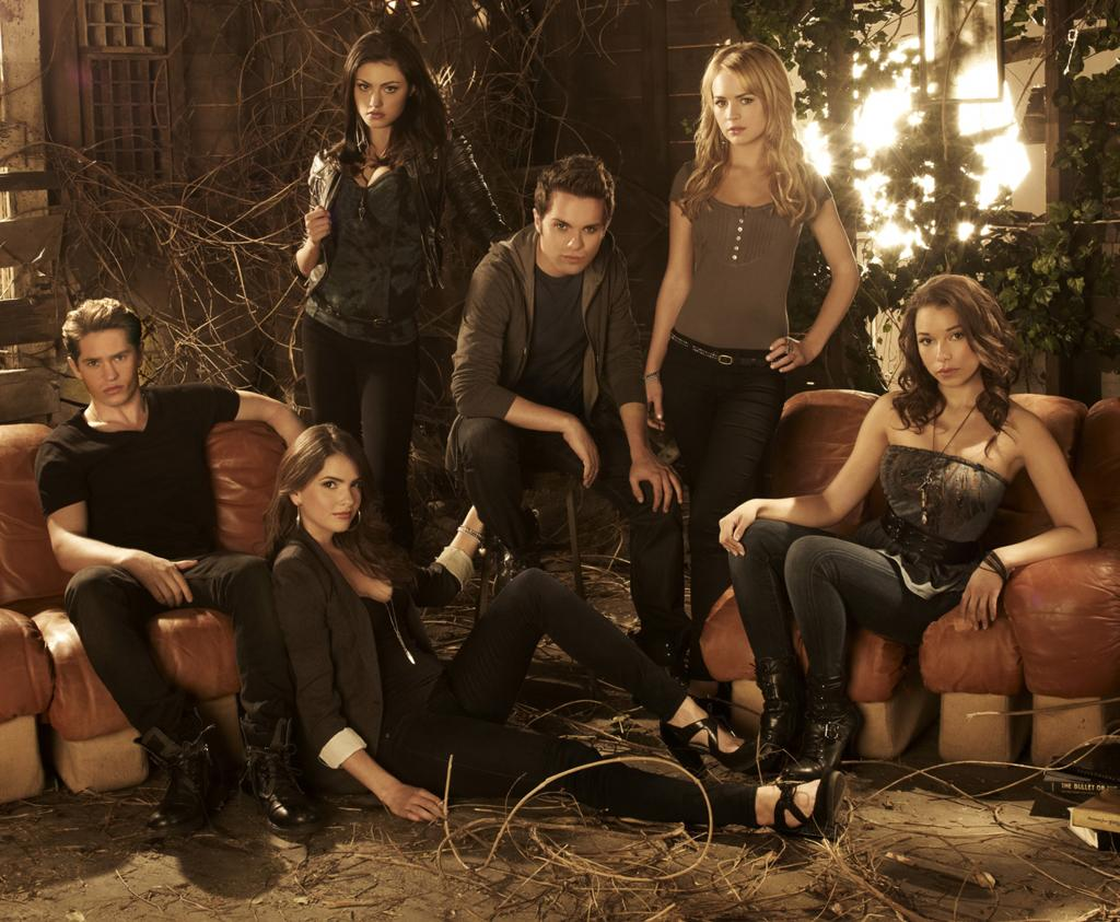 "<b>""The Secret Circle"" (The CW)</b><br><br>Read more on our <a href=""http://tv.yahoo.com/shows-in-trouble"">Shows in Trouble</a> page"