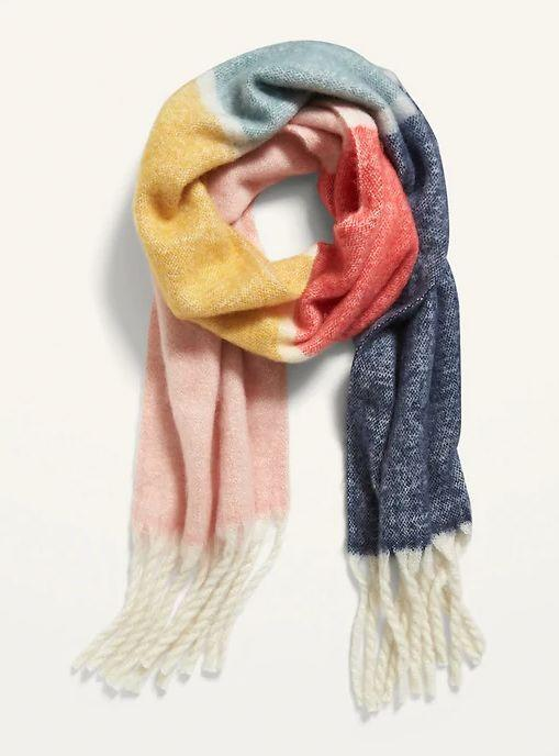 """This Cozy Soft-Brushed Fringed Scarf for Women is available in five colors. <a href=""""https://fave.co/2GQxmAQ"""" target=""""_blank"""" rel=""""noopener noreferrer"""">Get it on sale for 50% off (normally $20) at Old Navy</a>."""