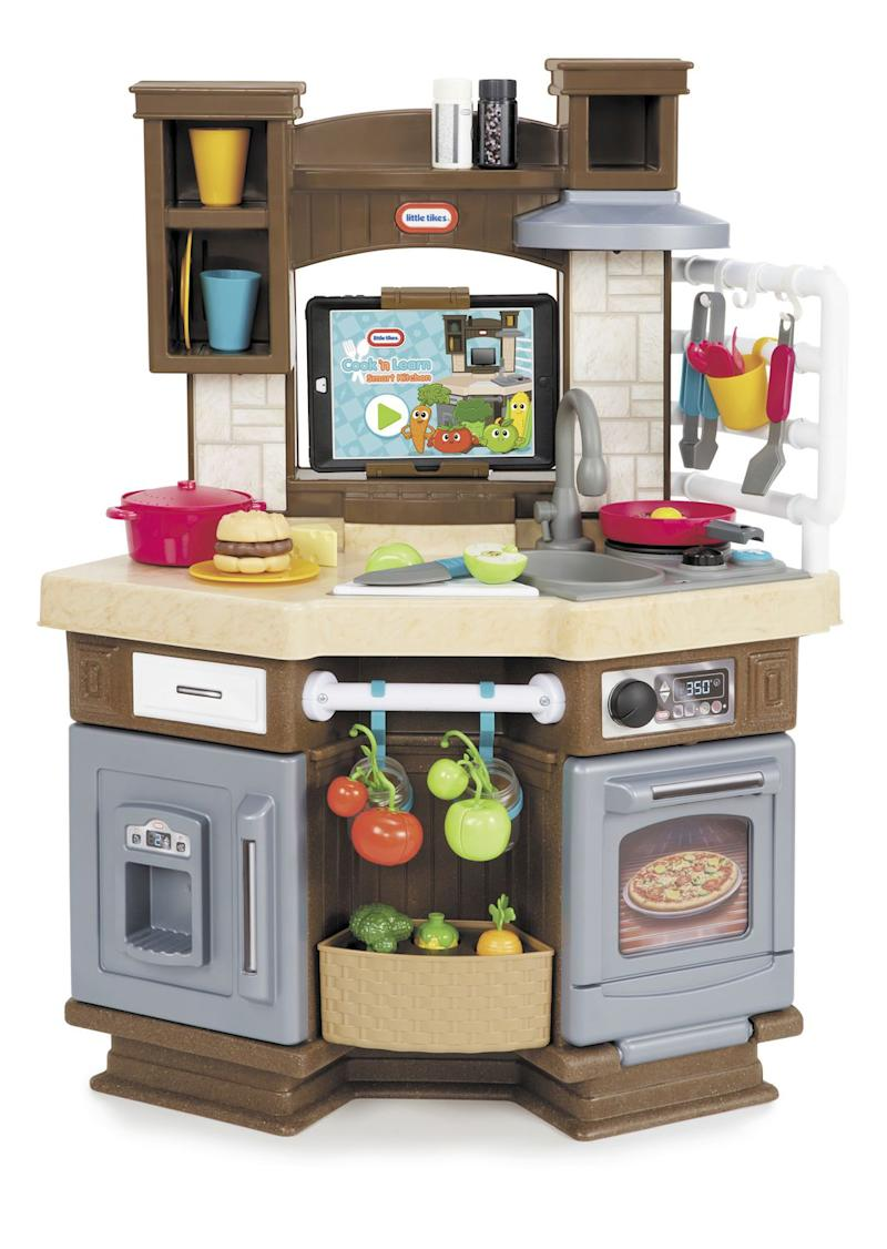 Little Tikes Cook 'n Learn Smart Kitchen Playset