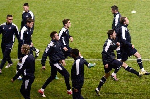 Dinamo Zagreb's players take part in a training session on November 5 at the Parc des Princes stadium in Paris