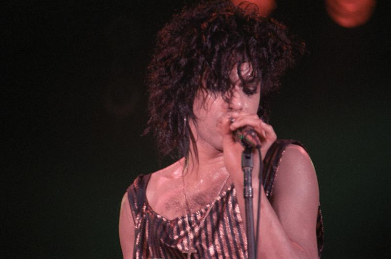 This Is Why Prince Preferred His Hair Long and Luscious
