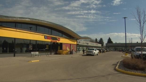 The newly opened No Frills location in Edmonton's Ottewell neighbourhood. (Craig Ryan/CBC - image credit)