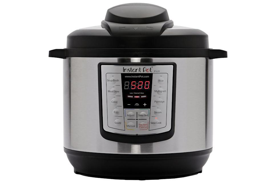 Instant Pot 8 Quart 6-in-1 Multi-Use Electric Pressure Cooker. Image via Walmart.
