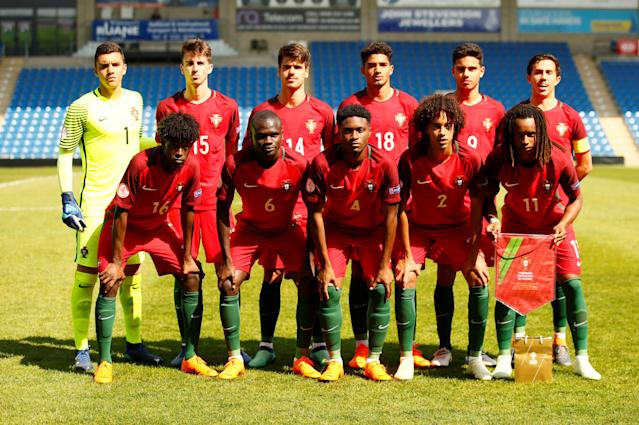Soccer Football - UEFA European Under-17 Championship - Group B - Slovenia v Portugal - Proact Stadium, Chesterfield, Britain - May 7, 2018 Portugal players pose for a team group photo before the match Action Images via Reuters/Jason Cairnduff