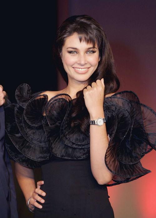 10. Lisa Ray: After the much hyped Saifeena marriage, Lisa Ray exchanged vows with her beau Jason Dehni.