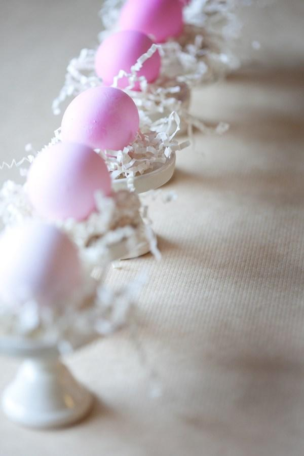 "<a rel=""nofollow"" href=""http://sugarandcharm.com/2012/04/diy-ombre-easter-eggs.html?section-1"" rel="""">Are we over ombre yet</a>? Hell no!"