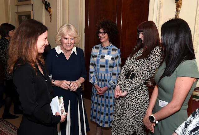 Camilla talks to CEO of SafeLives Suzanne Jacob (L), SafeLives employees Michelle Phillips, Melani Morgan and Susie Hay. (Getty Images)