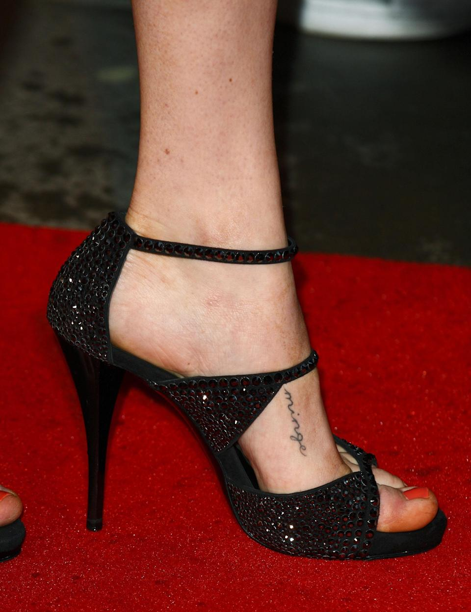 <p>Amanda Seyfried and her 'Mamma Mia' co-stars, Rachel McDowall and Ashley Lilley, all have the word 'minge' tattooed on their body. Although it is merely another word for vagina in England, across the pond it's apparently a term of endearment. <em>[Photo: Getty]</em> </p>