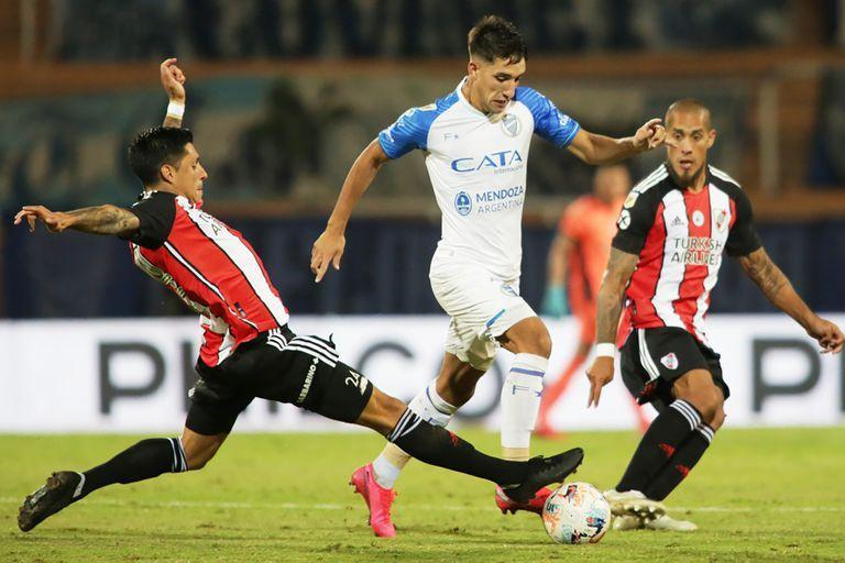 Godoy Cruz vs River