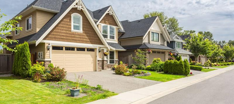 Mortgage Rates Move Sideways, but More Dips Are Likely