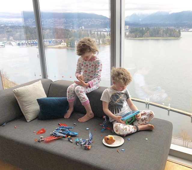 "<p>The parenting struggle is real! ""So happy that the kids are actively enjoying all the nature that Vancouver has to offer,"" the doting dad joked of his 7-year-old twins, Harper and Gideon, who were glued to their electronic devices with their backs turned to a beautiful waterfront view. (Photo: <a href=""https://www.instagram.com/p/BgwJ7Ithf6B/?taken-by=nph"" rel=""nofollow noopener"" target=""_blank"" data-ylk=""slk:Neil Patrick Harris via Instagram"" class=""link rapid-noclick-resp"">Neil Patrick Harris via Instagram</a>) </p>"